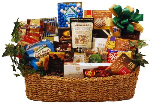 Kosher Gourmet Nibbles Deluxe Gift Basket