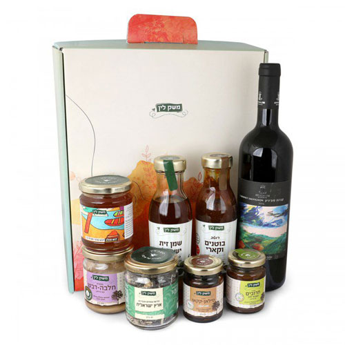 Lins Farm All Natural Gift Box With Wine