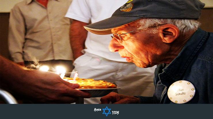 Volunteer Elderly