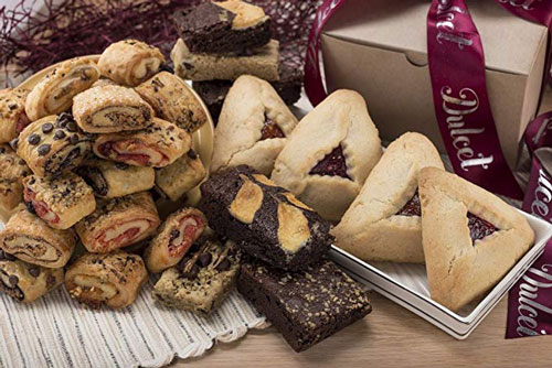 Traditional Fruit Filled & Chocolate Purim Gift Basket
